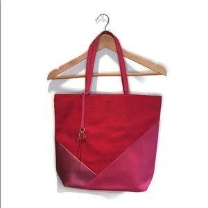 Shoulder bag / purse , red & pink colour blocked